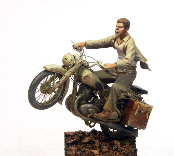 motocyklista w skali 1:35