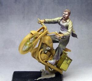 skok motocyklisty 1:35